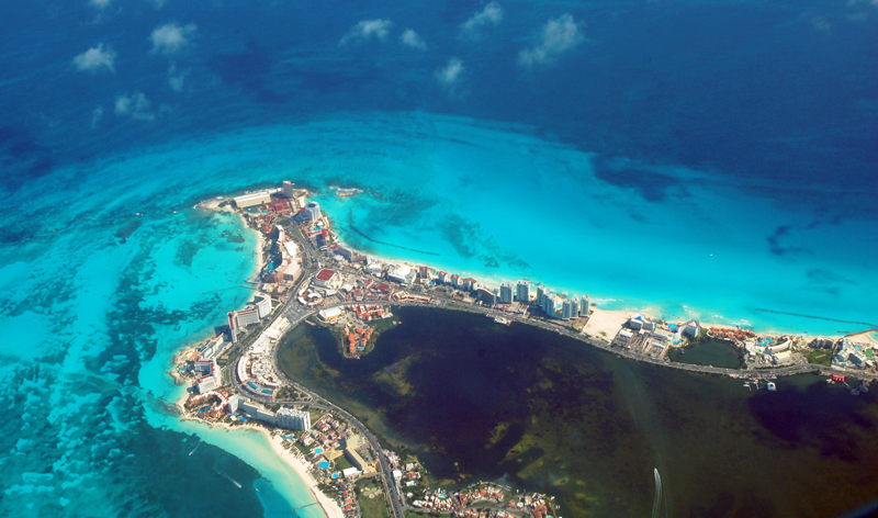 aerial view cancun mexico mexican vacations beach packages