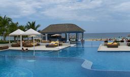 jean arseneau pool iberostar rose hall jamaica