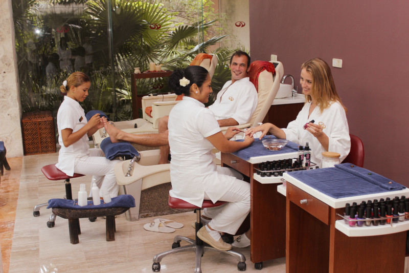 Grand palladium kantenah riviera maya packages for Health spa vacations for couples
